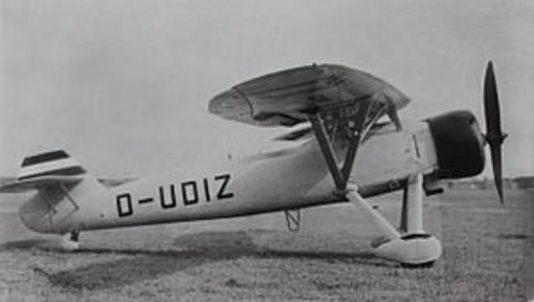 Henschel HS-122B model airplane plan