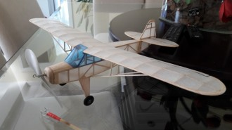 PIPER J-3 CUB - MOBRAL - RUBBER FREE FLIGHT SCALE MODEL model airplane plan