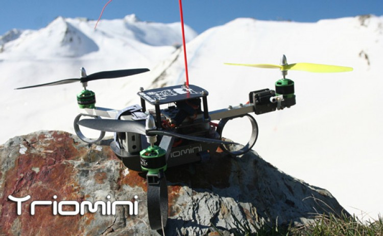 Tricopter compact model airplane plan