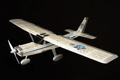 Cessna 152 model airplane plan