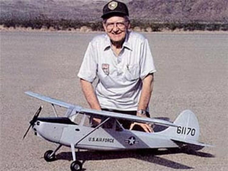 Cessna L-19 Bird Dog model airplane plan