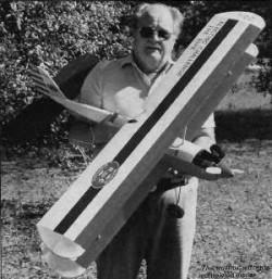 Electric Challenge Bipe model airplane plan