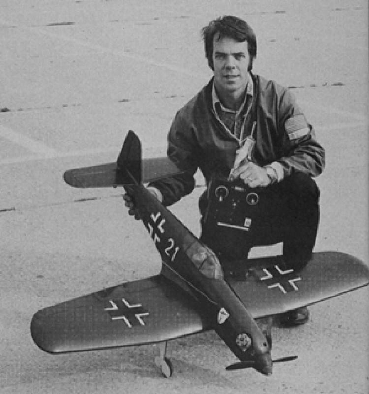 Heinkel He 100 model airplane plan
