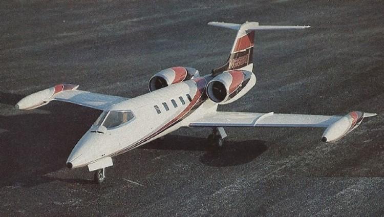 Learjet 35A model airplane plan