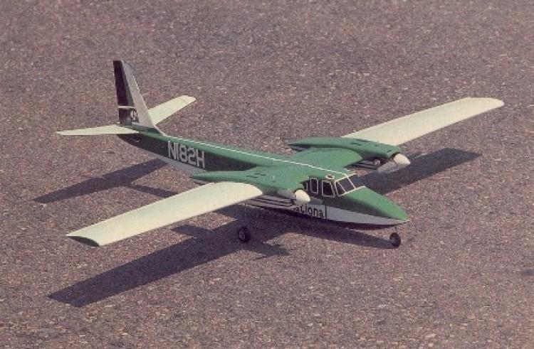 Shrike Commander model airplane plan