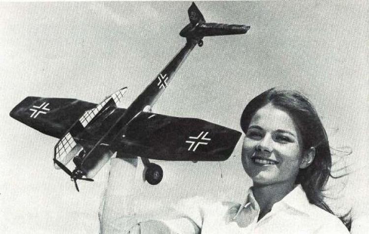 Blohm Voss 141-B model airplane plan