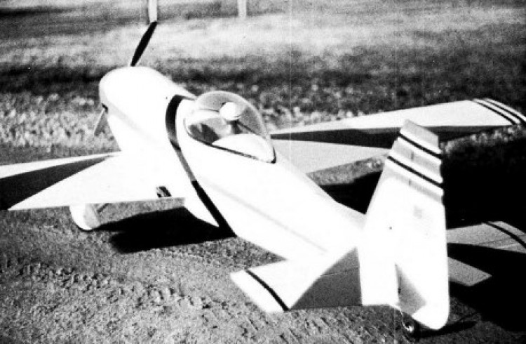 Spinks Akromaster model airplane plan