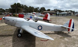 DH 94 Moth Minor model airplane plan