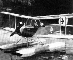 Aviatik II Floats model airplane plan