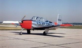 Beechcraft T-34B Mentor model airplane plan