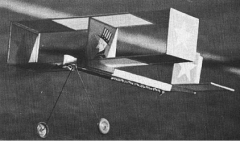 Boxy Bipe model airplane plan