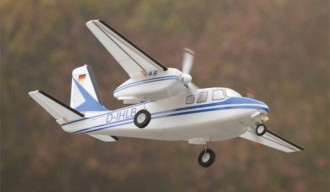 AERO COMMANDER 680 F model airplane plan