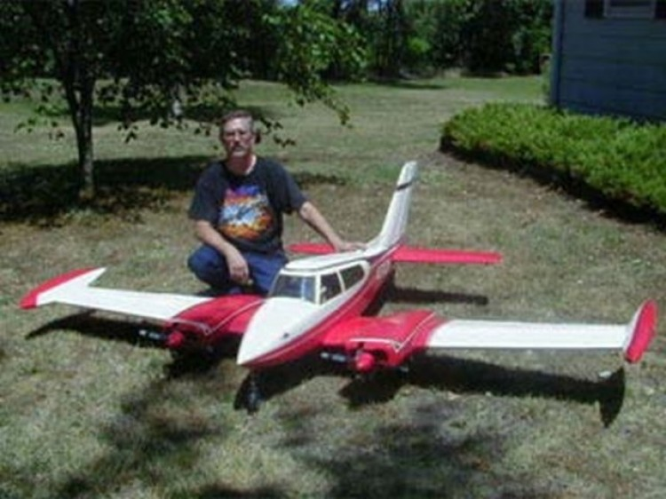 Cessna 310 model airplane plan