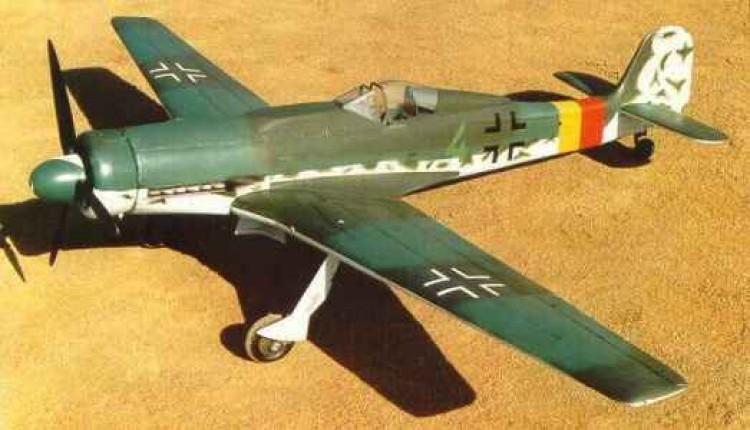 Focke Wulf TA-152H model airplane plan