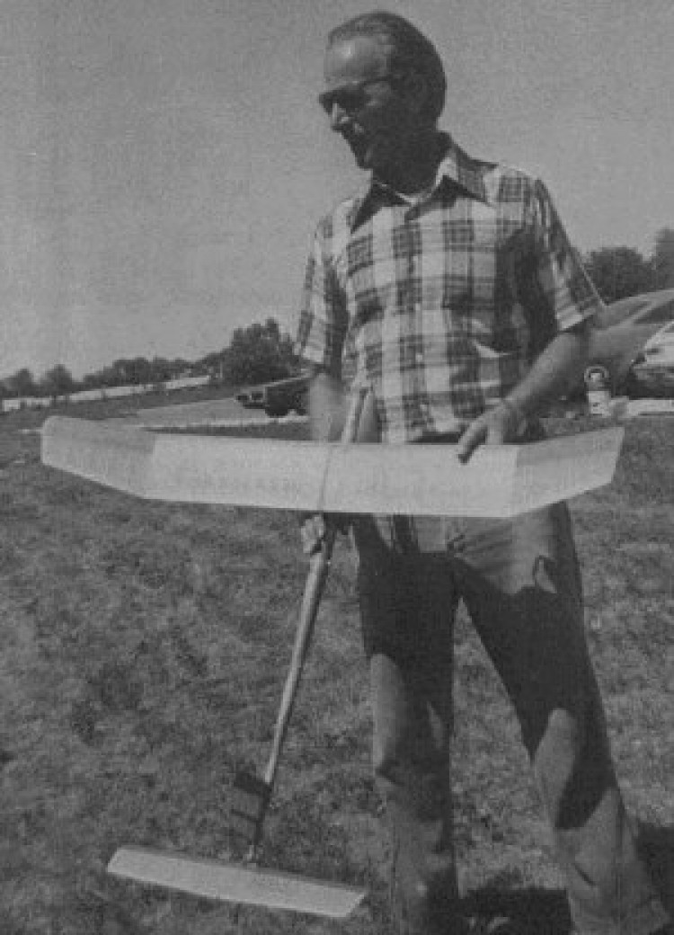 Hang-In-There model airplane plan