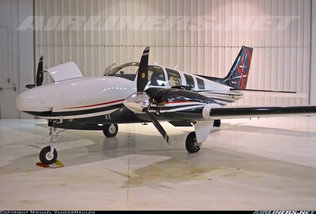 data/extra_images/2016/Beechcraft_Baron_2222200.jpg