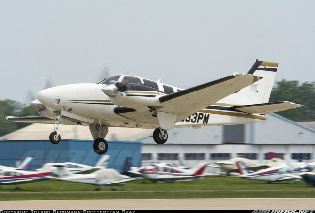 data/extra_images/2016/Beechcraft_Baron_2786320.jpg