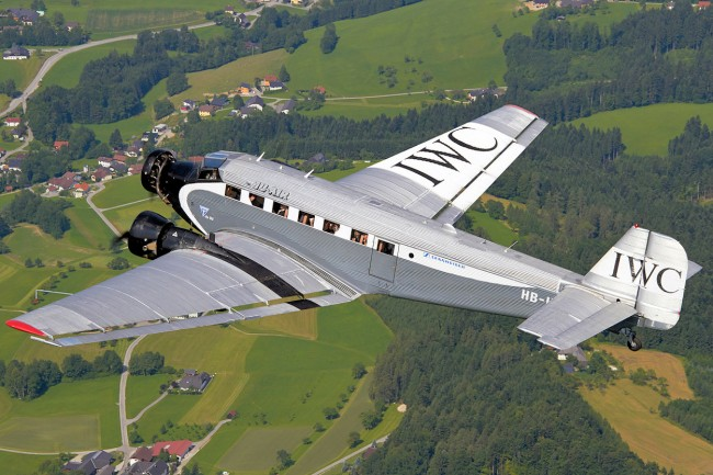 data/extra_images/2016/Ju-Air_Junkers_Ju-52_in_flight_over_Austria.jpg