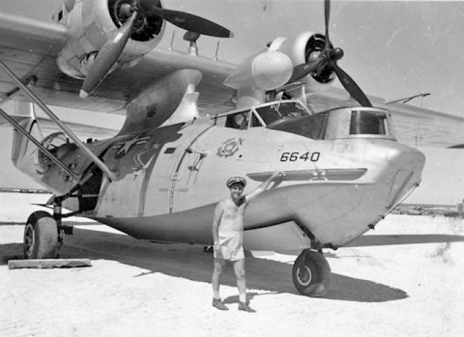 data/extra_images/2016/PBY_Catalina_PBY-5A_USCG_at_French_Frigate_Shoals_1953.jpeg
