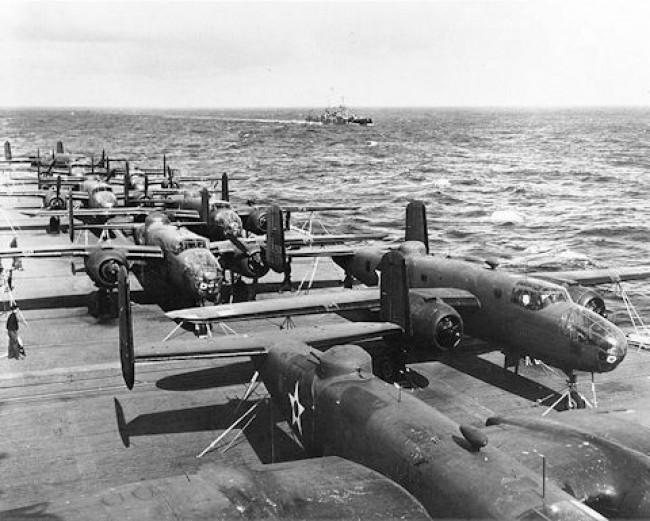 data/extra_images/2016/Uss_Hornet_Flight_Deck_April_1942.jpg
