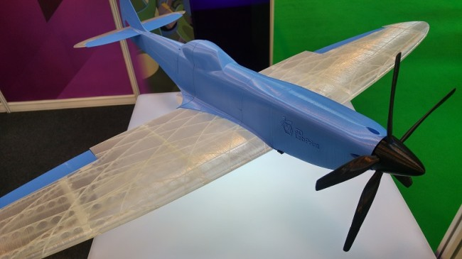 data/extra_images/2017/04/3d_printed_model_plane.jpg