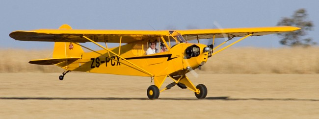 data/extra_images/2020/02/Piper_Cub_16802_ZS-PCX_Keaton_Perkins_01a.jpg