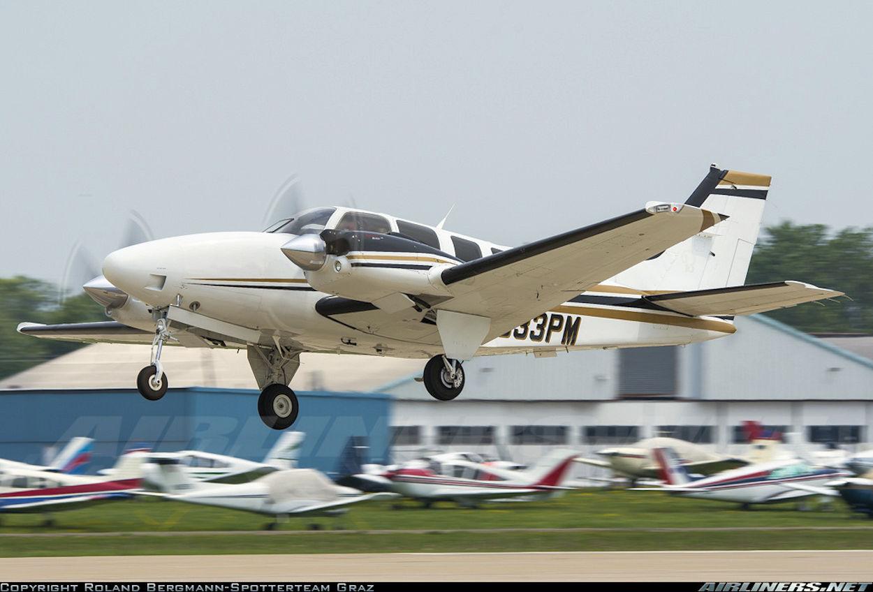 Beechcraft Baron 58PAeroFred - Free Model Airplane Plans