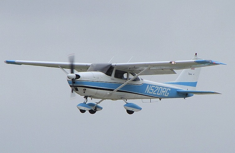 data/extra_images/2016/Cessna-172D_-_1963.jpg