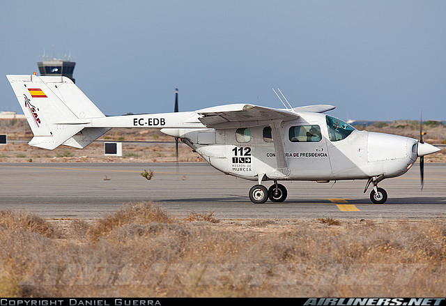 data/extra_images/2016/Cessna_336_Skymaster_02.jpg