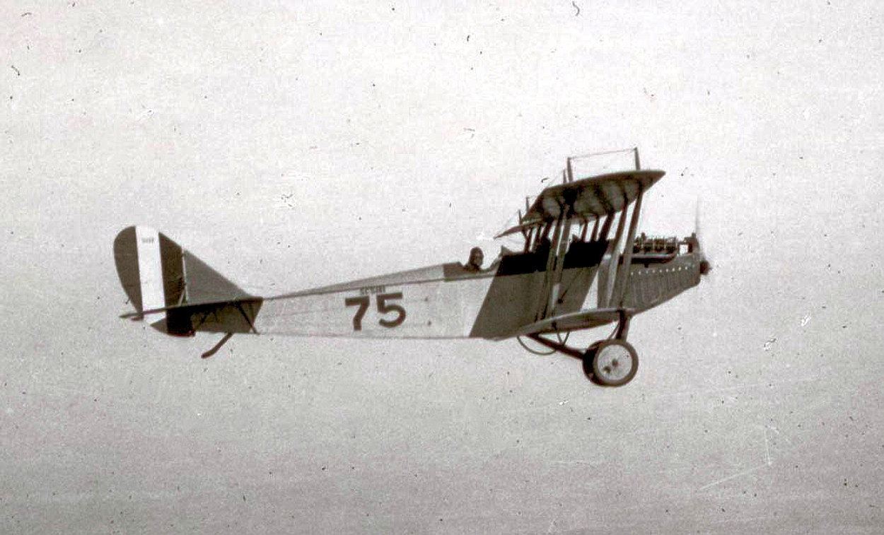 data/extra_images/2016/Curtiss_JN-4_-_1918.jpg