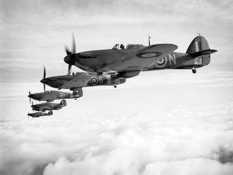 data/extra_images/2016/Hawker_Sea_Hurricanes.jpg