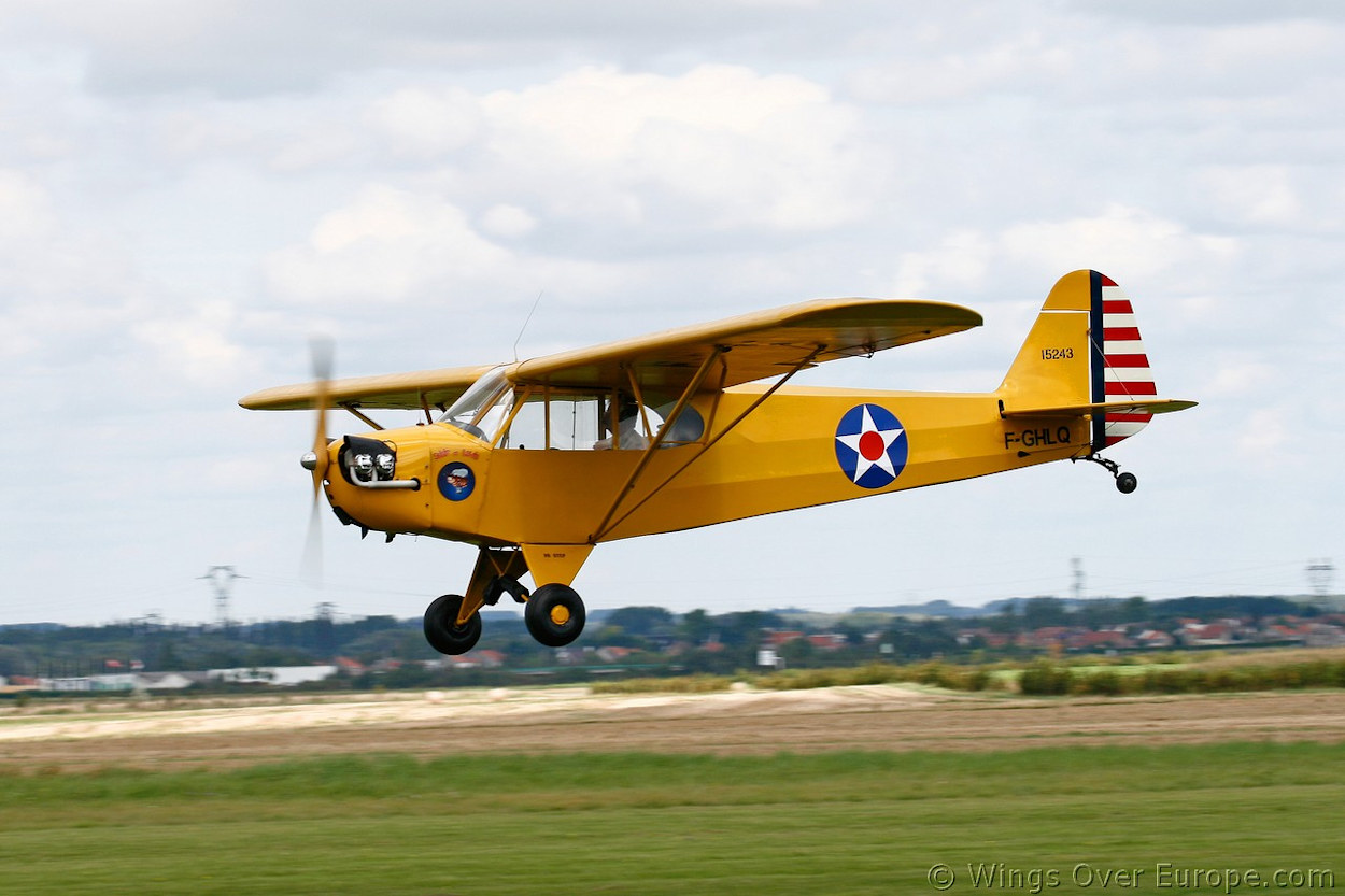 data/extra_images/2016/Piper_J3_Cub_2007.jpg