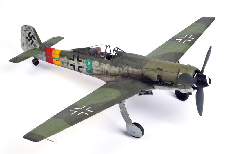 Focke Wulf TA 152 model airplane plan