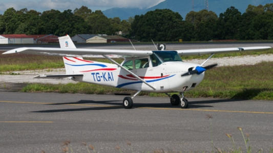 Cessna 172F model airplane plan