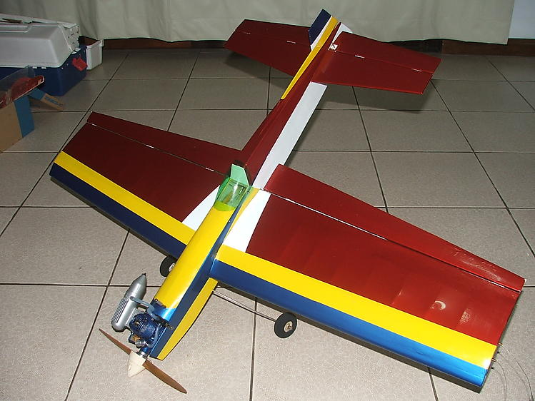 Tupynike Jr (20-25) model airplane plan